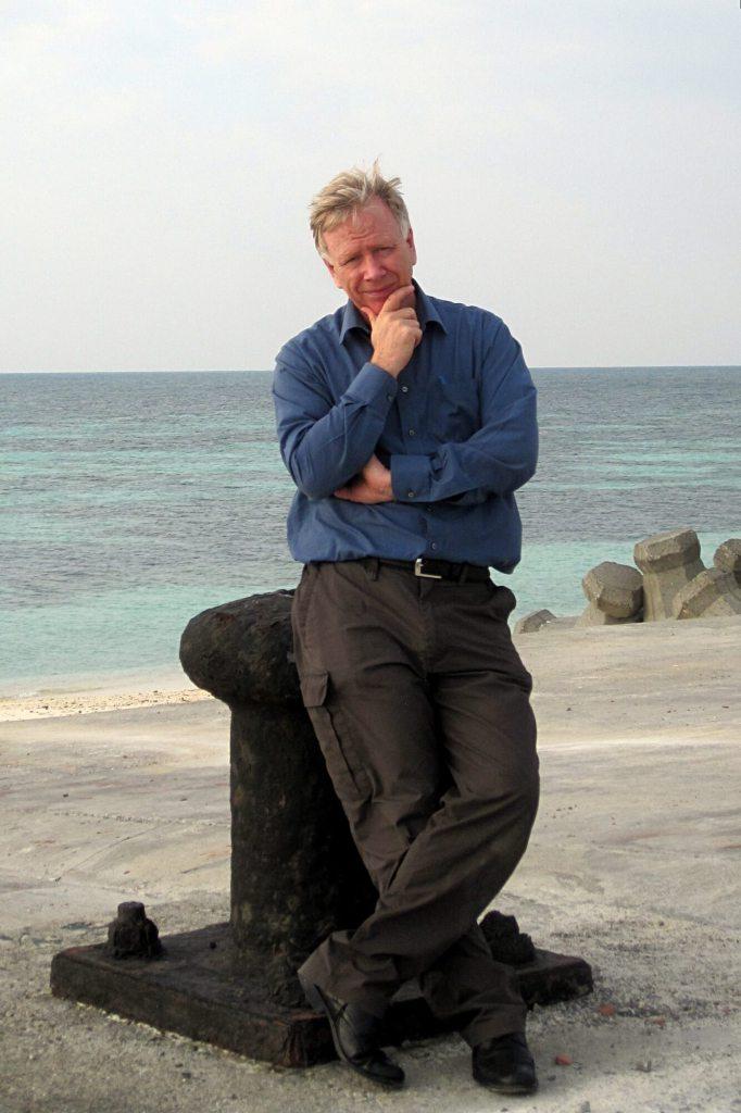 HH-Author-pic-dongsha-island